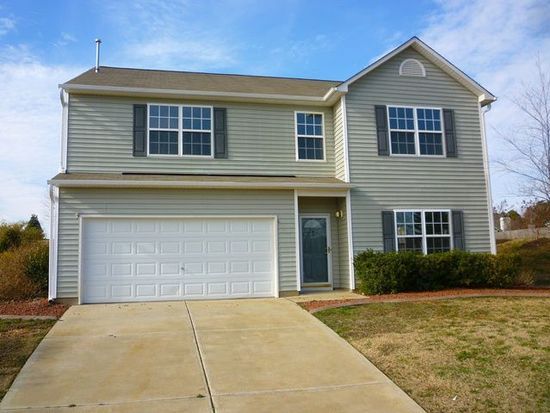 100 Mizelle Meadow Ct, Holly Springs, NC 27540