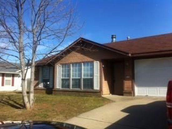 1330 N Fieldstone Ave, Fayetteville, AR 72704