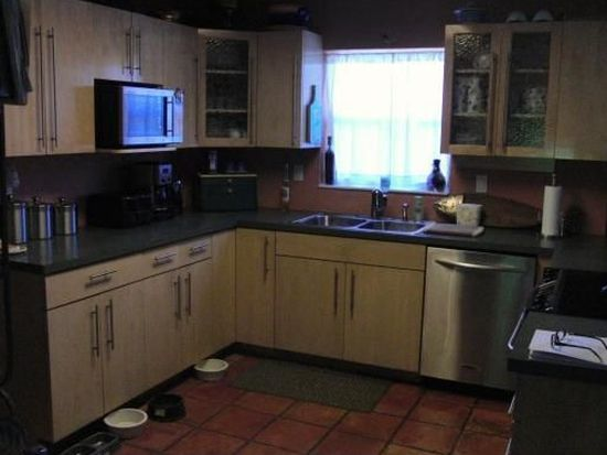 2924 NW 8th Ave, Wilton Manors, FL 33311
