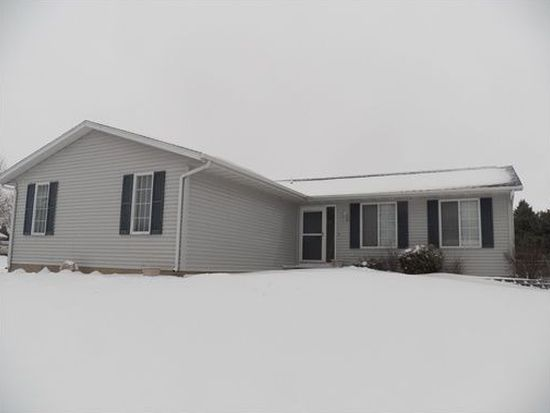 116 Rich Mar Ct NW, Cedar Rapids, IA 52405