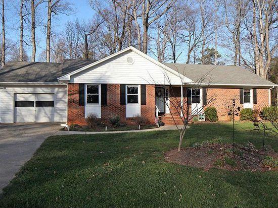 703 Riverton Pl, Cary, NC 27511