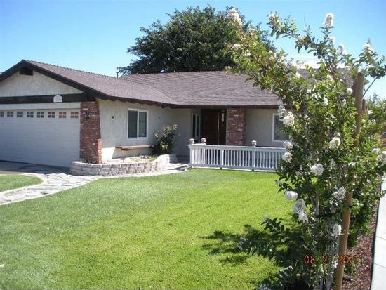 12559 Spring Valley Pkwy, Victorville, CA 92395