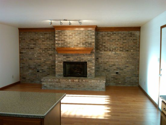 2035 Country Club Rd, Indianapolis, IN 46234