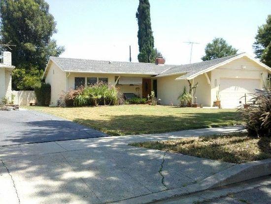 22239 Haynes St, Woodland Hills, CA 91303