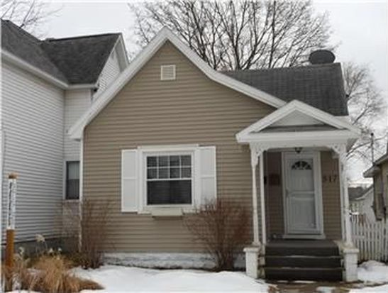 317 W Twelfth St, Traverse City, MI 49684