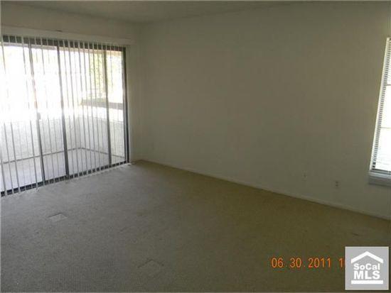 8511 Meadow Brook Ave UNIT 203, Garden Grove, CA 92844