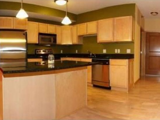 1800 Clinton Ave APT 207, Minneapolis, MN 55404