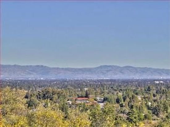 12825 Viscaino Rd, Los Altos Hills, CA 94022