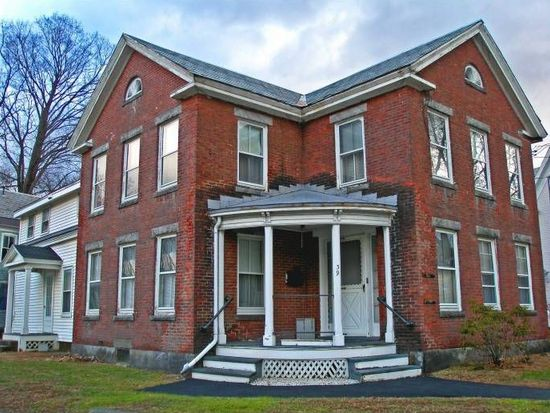 39 School St, Bellows Falls, VT 05101
