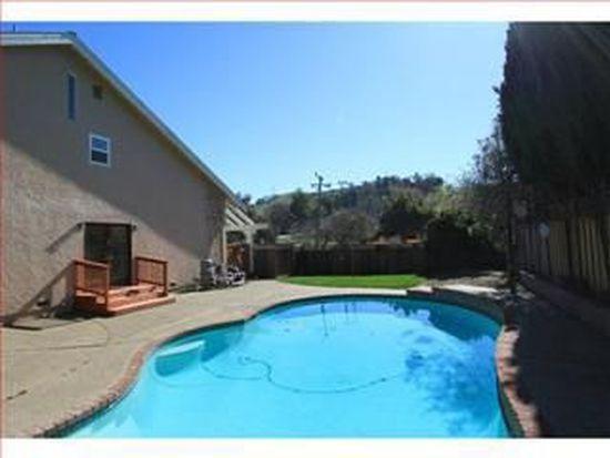 685 Spring Ave, Morgan Hill, CA 95037