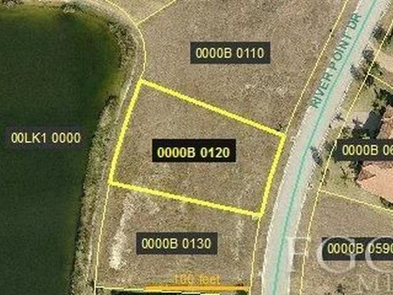 3701 River Point Dr, Fort Myers, FL 33905