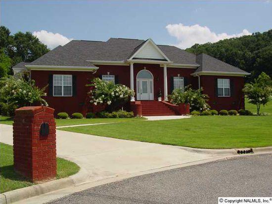 218 Azalea Cir, Guntersville, AL 35976