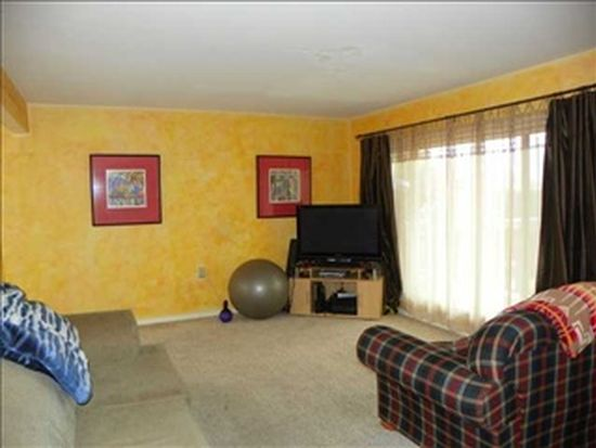 7720 Canton Dr, Lemon Grove, CA 91945
