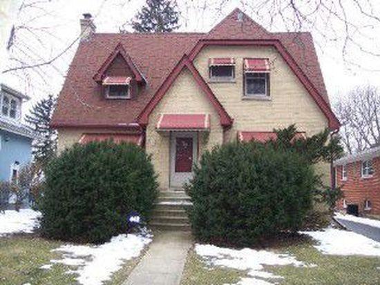 442 S Cornell Ave, Villa Park, IL 60181