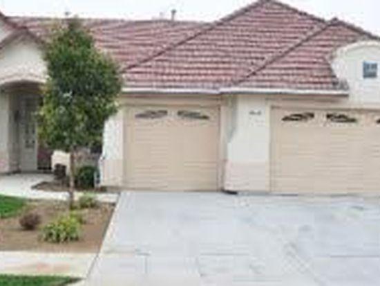 2552 Blackwood Ave, Clovis, CA 93619
