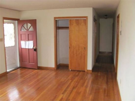 1379 Oxford Downs Rd, Newark, OH 43055