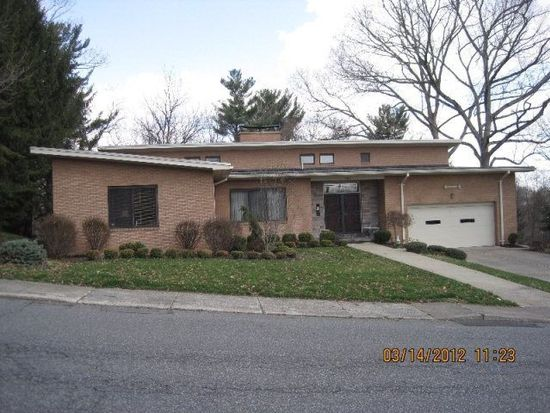 703 Woodlawn Ave, Beckley, WV 25801
