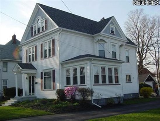 414 State St, Conneaut, OH 44030
