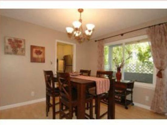 55 Claremont Ave APT 201, Redwood City, CA 94062