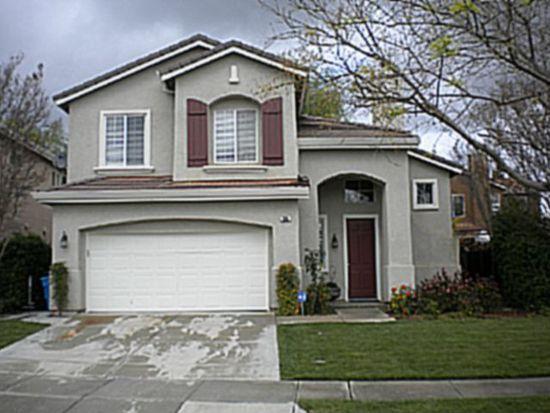 925 Oak Brook Way, Gilroy, CA 95020