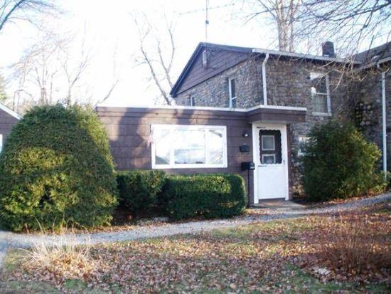 2338 Diamond Hill Rd, Woonsocket, RI 02895