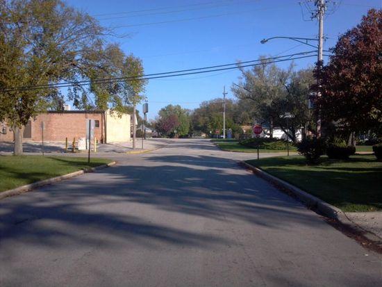 338 Iroquois Rd, Hillside, IL 60162