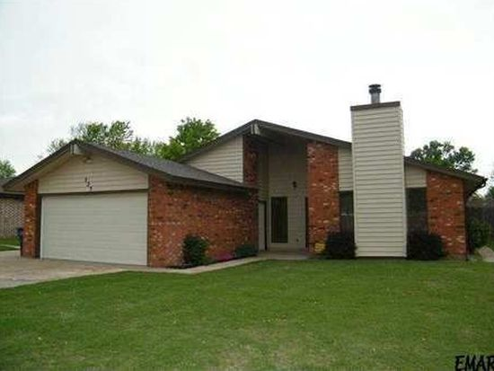 525 Rose Tree Ln, Enid, OK 73703