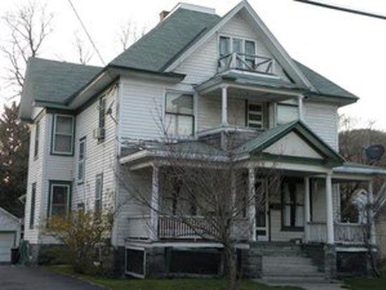 83 Townsend St, Walton, NY 13856
