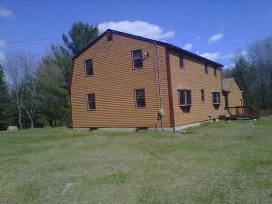 4 Spur Rd, Foster, RI 02825