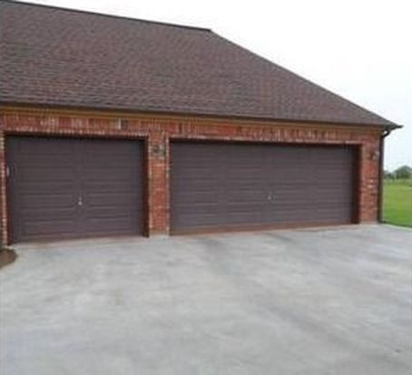 8485 Anastasia Ave, Beaumont, TX 77705