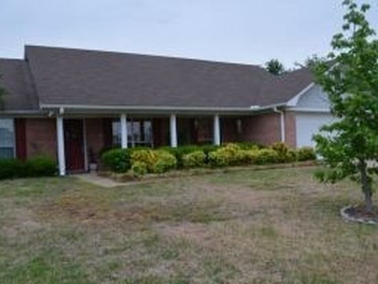 829 W Bay Cir, Tupelo, MS 38801
