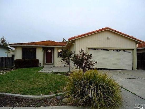 712 Scottsdale Dr, Vacaville, CA 95687