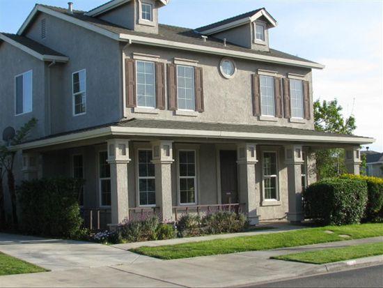 625 Esther Way, Oakdale, CA 95361
