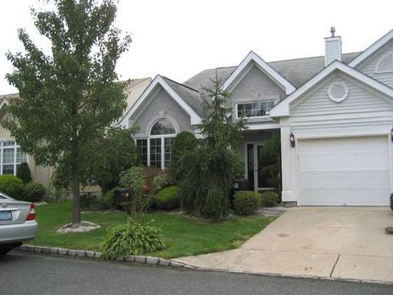 21 Umberland Pl, Monroe Township, NJ 08831