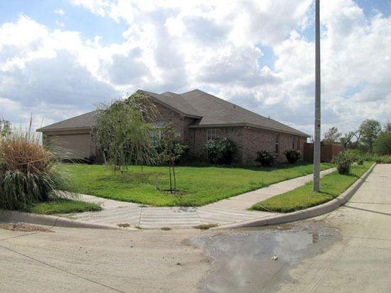 607 Lakeview Dr, Alvarado, TX 76009