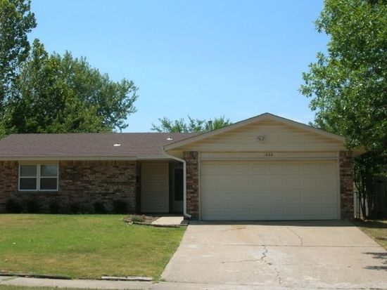 1668 S Pine Ave, Broken Arrow, OK 74012