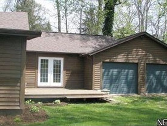 435 Playland Pkwy, Chippewa Lake, OH 44215