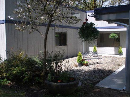 10705 Lathrop Ln NW, Silverdale, WA 98383