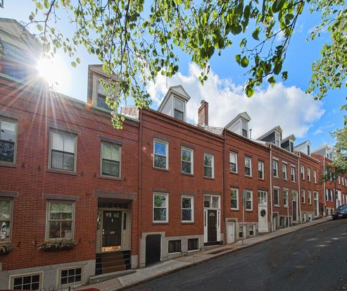 107 Baldwin St, Boston, MA 02129