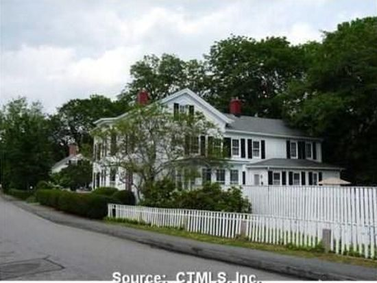 36 Pearl St, Groton, CT 06340