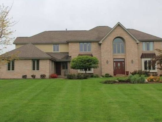 5N616 Creek View Ln, St Charles, IL 60175