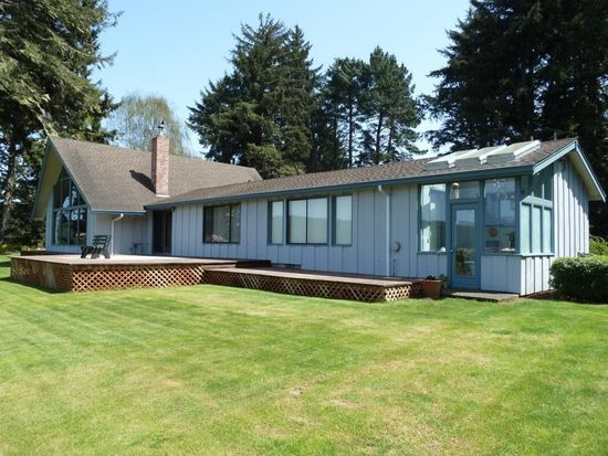 5475 Dows Prairie Rd, Mckinleyville, CA 95519