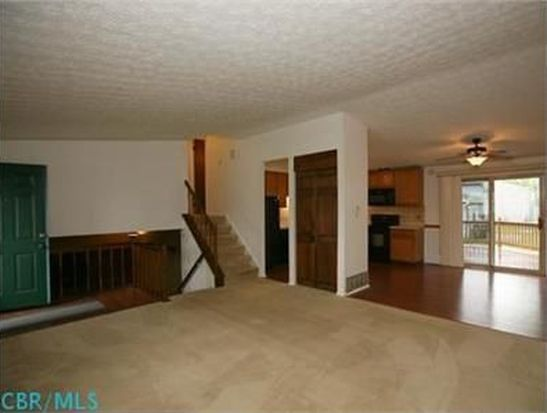1965 Candleberry Ct, Grove City, OH 43123