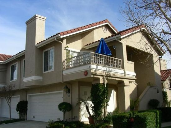 620 Kingswood Ln, Simi Valley, CA 93065