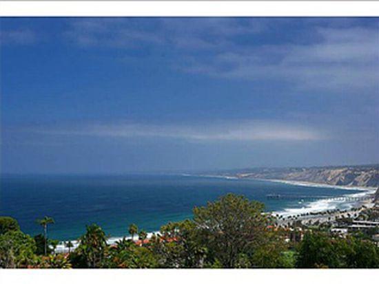 7651 Hillside Dr, La Jolla, CA 92037