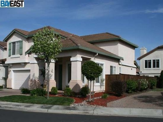 34334 Sandburg Dr, Union City, CA 94587