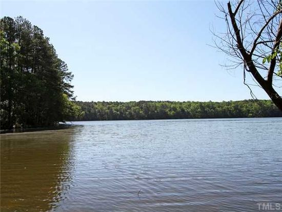 3925 Lake Ferry Dr, Raleigh, NC 27606
