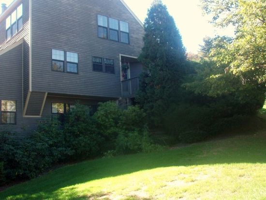 37 Salem Aly APT A, West Milford, NJ 07480