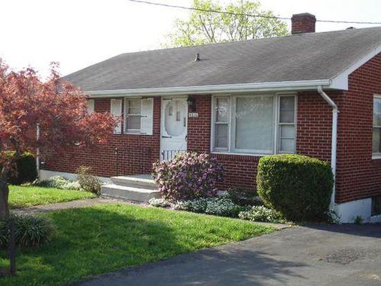 5216 Victoria St NW, Roanoke, VA 24017