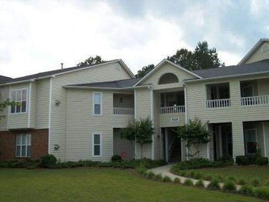 535 Spring Forest Rd APT B, Greenville, NC 27834